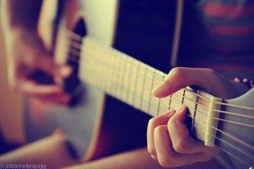 吉他课程图片