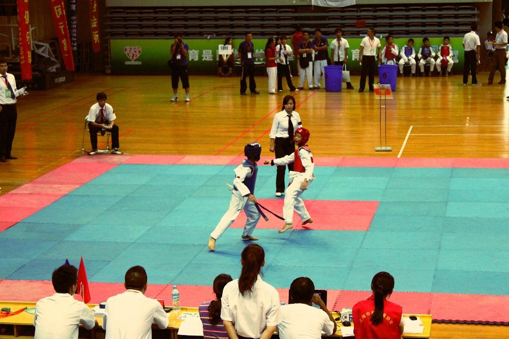 跆拳道对抗(021--64595512)