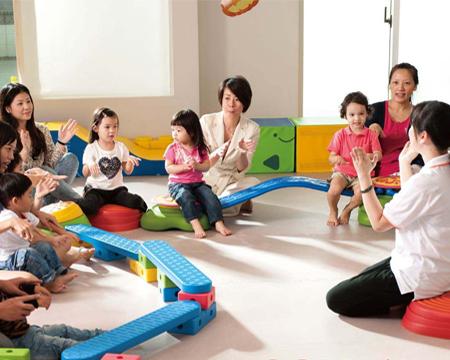 国际早教亲子班0-3岁