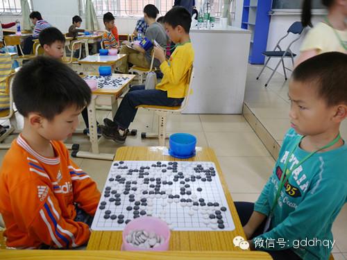翻身小学围棋免费训练班