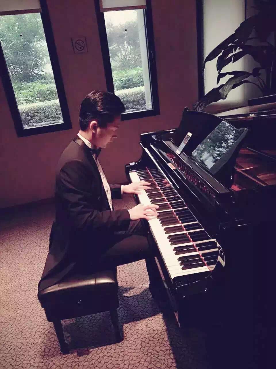 成人钢琴课程