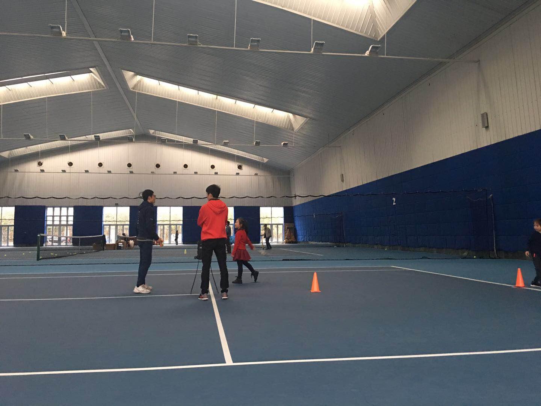 室内原申馆少儿网球培训