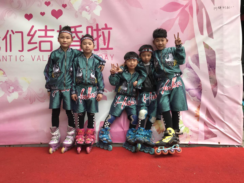 轮滑培训班-大岭山领尚广场店