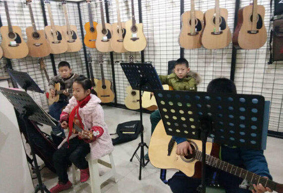 精品课程―吉他
