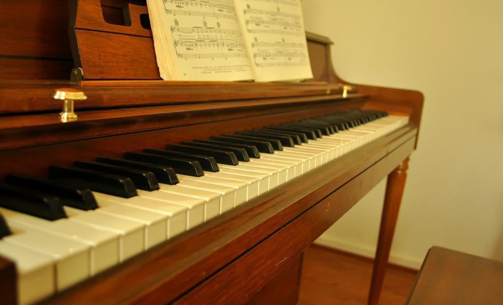 精彩钢琴课程