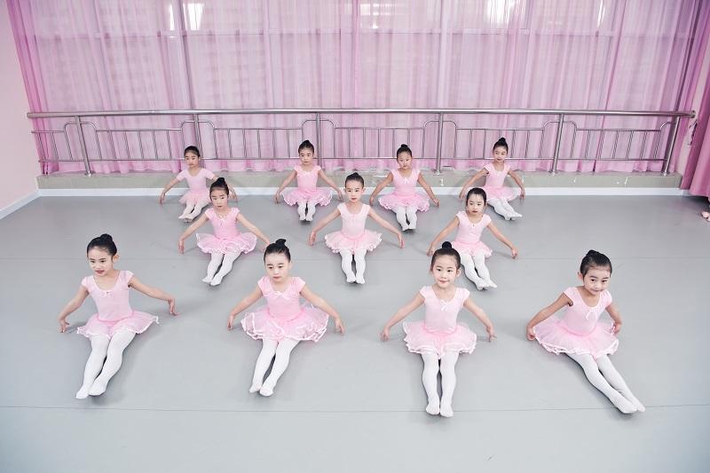 芭蕾舞幼儿兴趣班