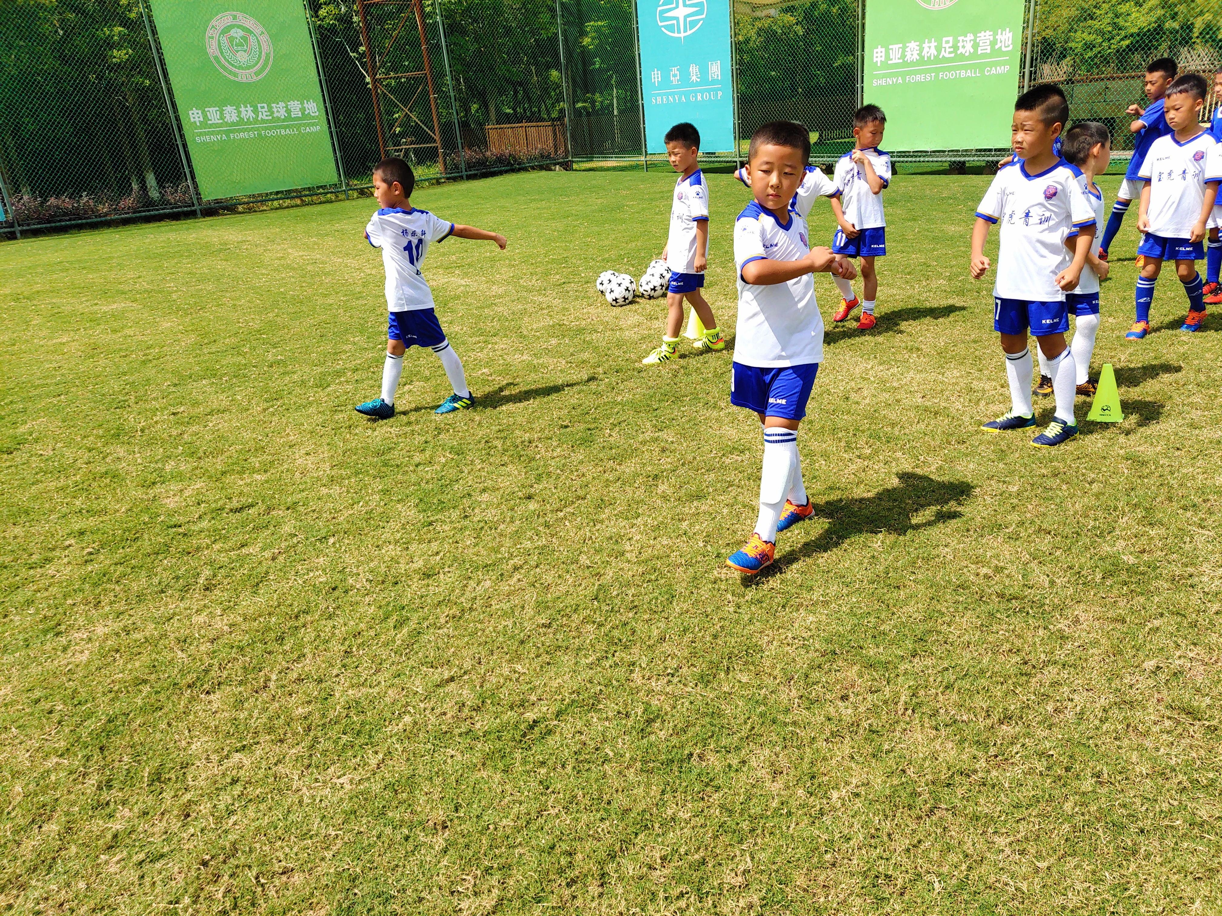 足球7-10岁阶段