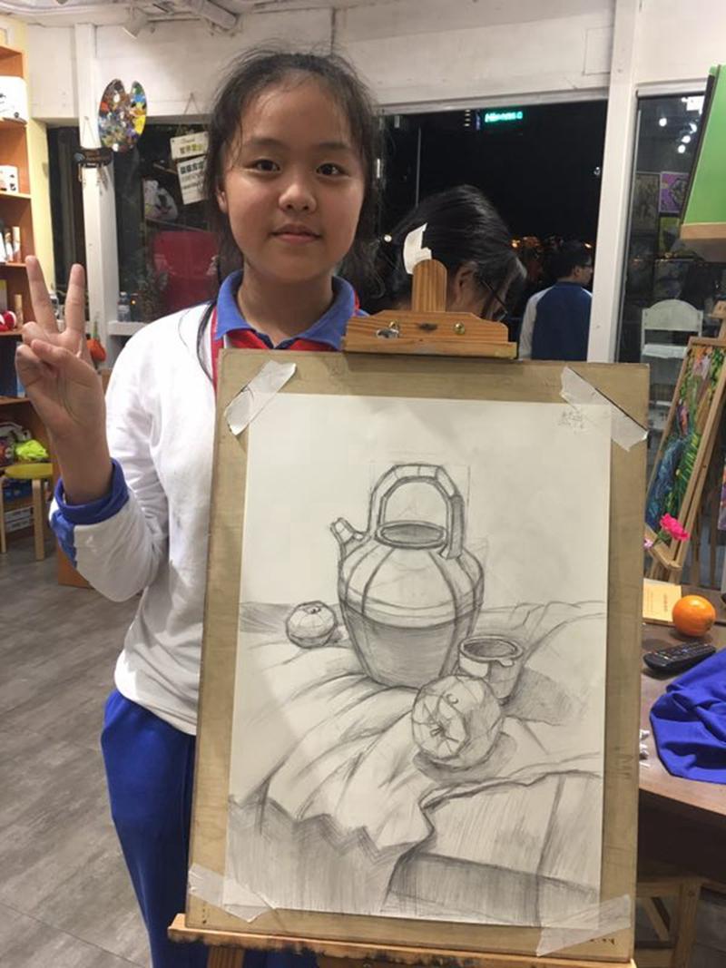 素描班(8-16岁)