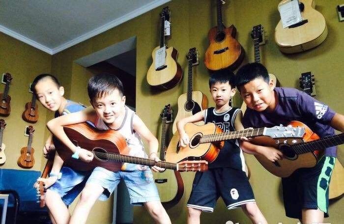 吉他小组课